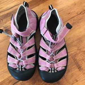 Keen Shoes - Keen pink sandals size kids 5 or women 7